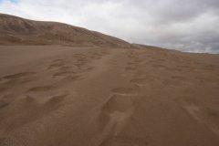Khongor_Sand_Dunes.jpg